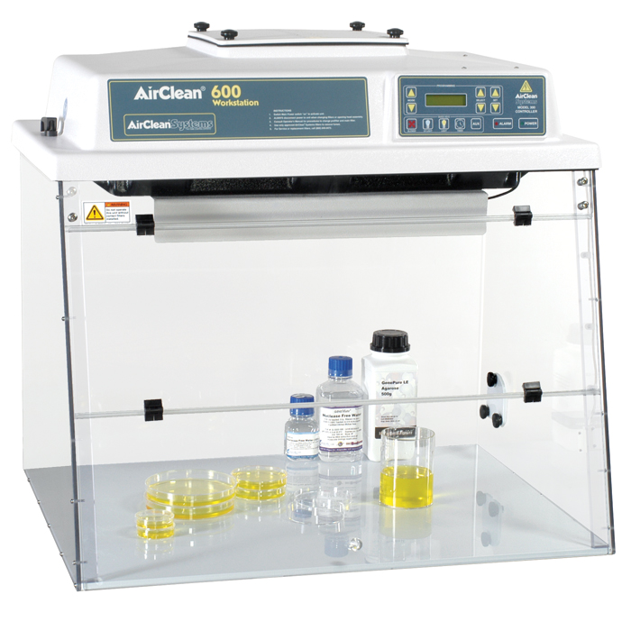 Vertical Laminar Flow Workstation